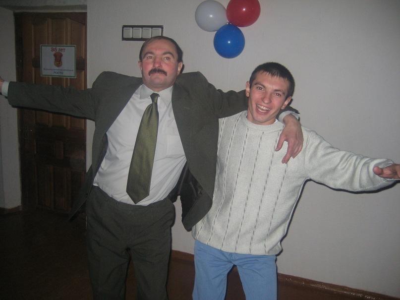 Единороссы партия развал бордель пьянство скандал Медведев Шептий