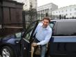 Губернатор Юревич заказал роскошное авто за счет бюджета, а после скандала заявил, что «ничего не знал». Перегрелся на солнце?