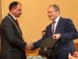 Компромат в стиле модерн на чиновников-провинциалов. Курганского губернатора Кокорина и мэра Руденко «отбивают» в Telegram