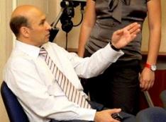 Лужа «партнёрши» вице-губернатора. Ольга Воронина по прозвищу Саша Франц проиграла спор журналистам, поймавшим её на финансовых схемах