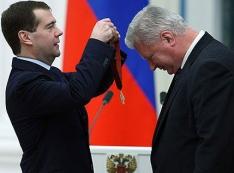 «Дядя Миша, все с тобой!» ФНПР во главе с Михаилом Шмаковым - имитатор борьбы против повышения пенсионного возраста