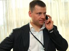 Жалобы Путину, Набиуллиной, Чайке… «Опорный» страховщик Александр Кондратенков бегает от обманутых дольщиков