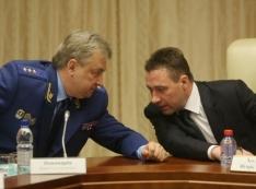 Под грозные заявления прокуратуры и полпредства за спиной Козицына «пилят» землю на полмиллиарда