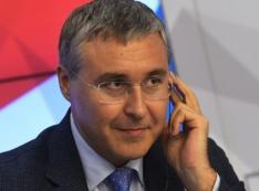«Из-за провальных показателей». Кадровые страсти в РГППУ выводят на министра Фалькова