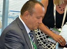 Вася Крюк – ворон с подрезанными крыльями. Экс-главе государственной авиакомпании «Ямал» светит уголовное дело?