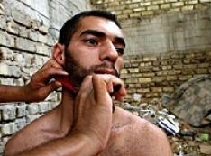 Стричься надо! Полицейские Сургута устроили показательную акцию «внушения» для кавказцев-бородачей